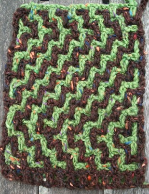 Intermeshing crochet on Underground Crafter blog