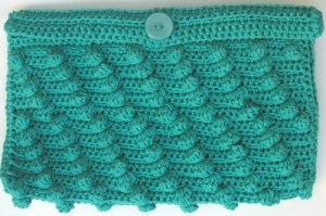 Diagonal Bobbles Clutch, free crochet pattern by Marie Segares/Underground Crafter.