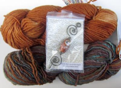 blog Feederbrook Farm Mocha & Ava with shawl pin
