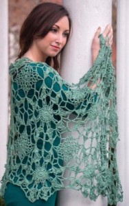 Chica Mala, broomstick lace crochet pattern by Tammy Hildebrand published in Crochet Wraps Every Which Way.