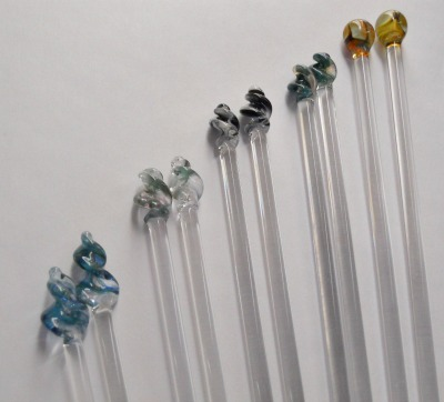 Glass Knitting Needles by Bending Flow Designs