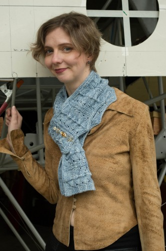 Alaskan Moonrise Scarf, knitting pattern by Marie Segares/Underground Crafter