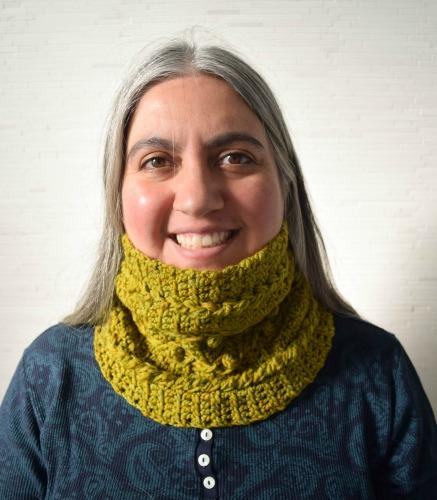 Warm and Textured 1-Skein Cowl, free crochet pattern by Marie Segares/Underground Crafter