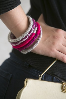 Shimmery Valentine Bangles, crochet pattern by Marie Segares/Underground Crafter.