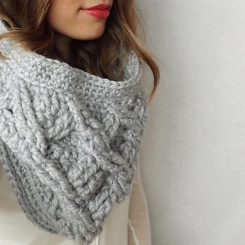 Camdyn Cable Cowl, crochet pattern by Lakeside Loops for sale on Ravelry and Etsy.