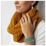 Carter Cable Cowl, crochet pattern by Lakeside Loops for sale on Ravelry and Etsy.