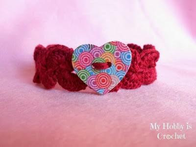Crochet Bracelet with Heart Button, free crochet pattern by Kinga Erdem