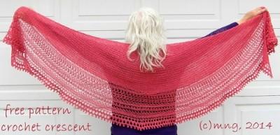 Desperately Seeking Shallow SC Crescent Shawl, free crochet pattern by MinG