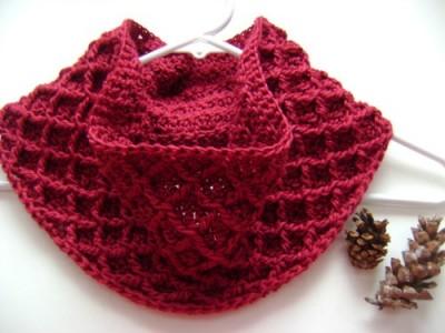 Diamond Crochet Cowl, free crochet pattern by Tamara Kelly