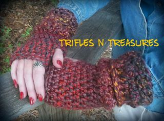 Olde World Wristers Trifles N Treasures