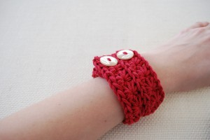 Star Stitch Cuff, free crochet pattern by b hooked crochet