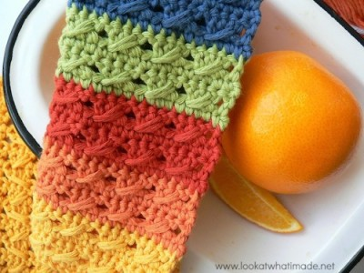 Cable Stitch Dishcloths, free crochet pattern by Dedri Uys.