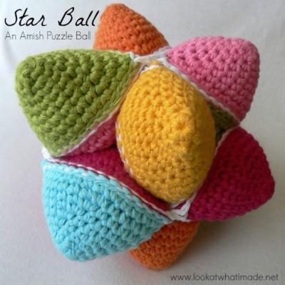 Star Ball, a free crochet pattern by Dedri Uys.
