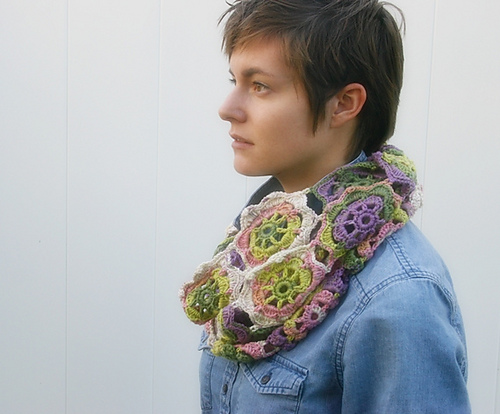 Infinity Blossom Cowl, crochet pattern by Felted Button.