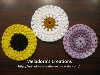 Bean Stitch Coasters, free crochet pattern with photo and video tutorials by Meladora's Creations.