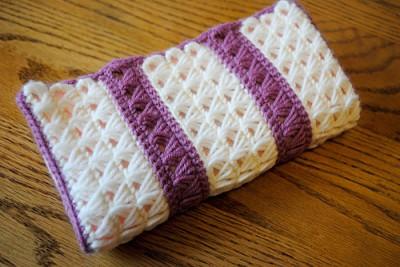 Broomstick Lace Travel Hook Clutch Crochet Kitten
