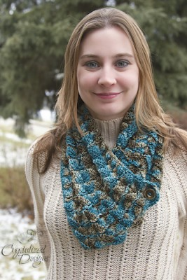 Affinity Cowl Scarf, for sale crochet pattern by Crystalized Designs.