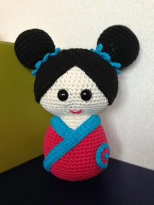 Gema my kokeshi doll, free crochet pattern by Teresa Alvarez.