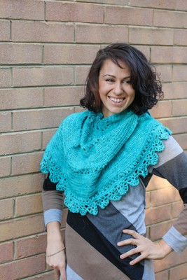 Horn of the Moon, crochet pattern featuring broomstick lace by Jennifer Raymond.