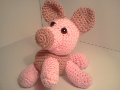 Logan Baby Pig AmiPal, free crochet pattern by Mary Walker.