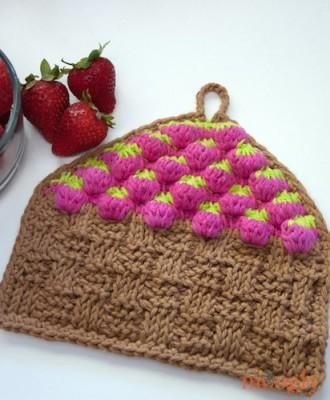 Strawberry Basket Tunisian Dishcloth, free crochet pattern by Tamara Kelly.