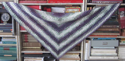 Beginner's Triangle Shawl | 4 Tips for Crocheting with Thin Yarns and Threads with free crochet pattern roundup on Underground Crafter