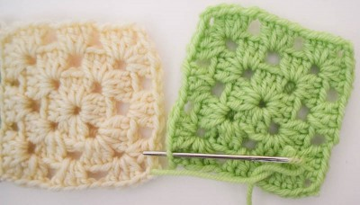 How to join granny squares (and other #knitting and #crochet projects) with the mattress stitch #tutorial on @ucrafter #TipsTuesday