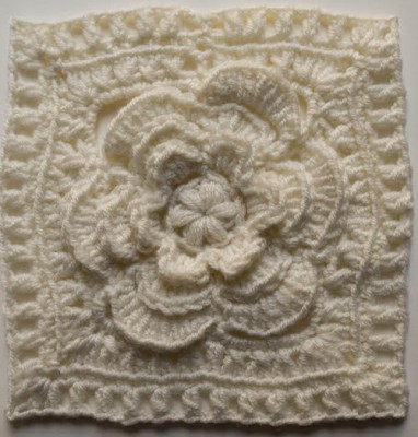 "Mayapple Flower 6"" Square, free #crochet pattern by Marie Segares @ucrafter"