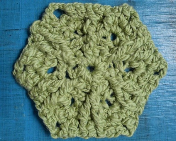 Post Stitch Hexagon, free #crochet pattern by Marie Segares @ucrafter in @galleryarns Inca Eco