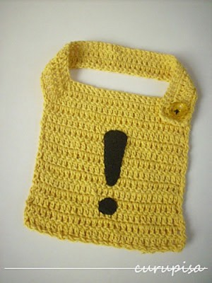 Alert Bib, free crochet pattern in English and Spanish by Silvia Insaurralde.