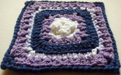 Raised Bunchberry Square, free #crochet pattern by Marie Segares/Underground Crafter