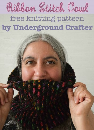 Ribbon Stitch Cowl, free #knitting pattern by Marie Segares/Underground Crafter. Slip stitches make colorwork easy on this simple, unisex cowl.