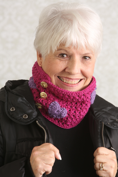 Hearts and Kisses Cowl, crochet pattern by Marie Segares/Underground Crafter in February, 2016 issue of I Like Crochet.