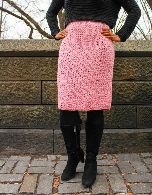 Modern Melissa Skirt, free Tunisian #crochet pattern with video tutorial in 4 sizes by Underground Crafter