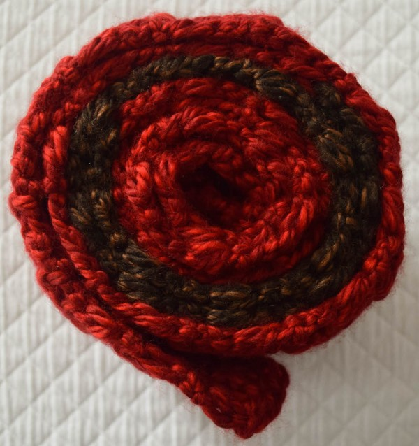 Color Blocked Co-Ed Scarf, free #crochet pattern by Underground Crafter
