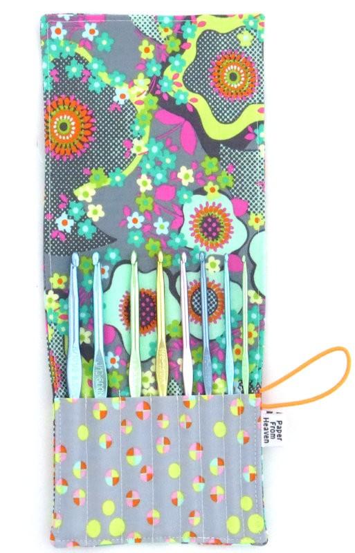 Paper from Heaven on Etsy's mini crochet hook case