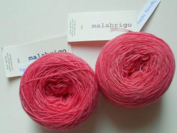 Justine Shawl, free #crochet pattern by Underground Crafter