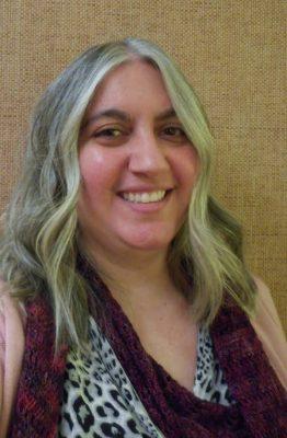 Marie with curls at WeAllGrow Summit 2016 on Underground Crafter