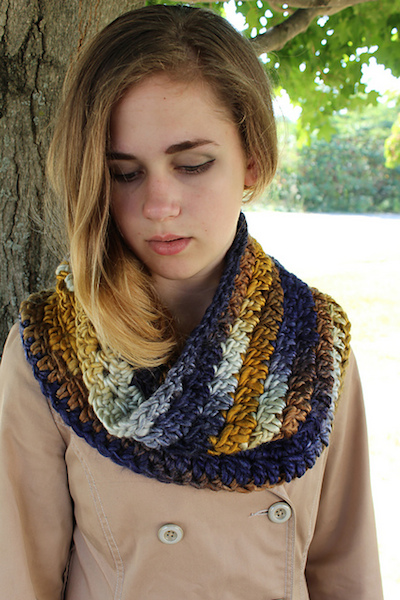 Interview with Sara Delaney (Chicken Betty), author of Design Your Own Crochet Projects, along with a roundup of 10 of her crochet patterns via Underground Crafter