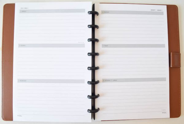 TUL Custom Note-Taking System Review by Underground Crafter | TUL makes an awesome planner that any crafter can customize. Learn more in my review and find TUL products at Office Depot.