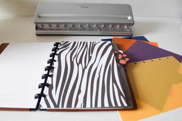 TUL Custom Note-Taking System Review by Underground Crafter   TUL makes an awesome planner that any crafter can customize. Learn more in my review and find TUL products at Office Depot.