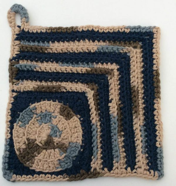 Free crochet patterns: Trio of Circle Potholders by Underground Crafter in Lily Sugar'n Cream yarn   These 3 potholders feature circle motifs. Instructions are also included for granny square versions without the hanging loop.