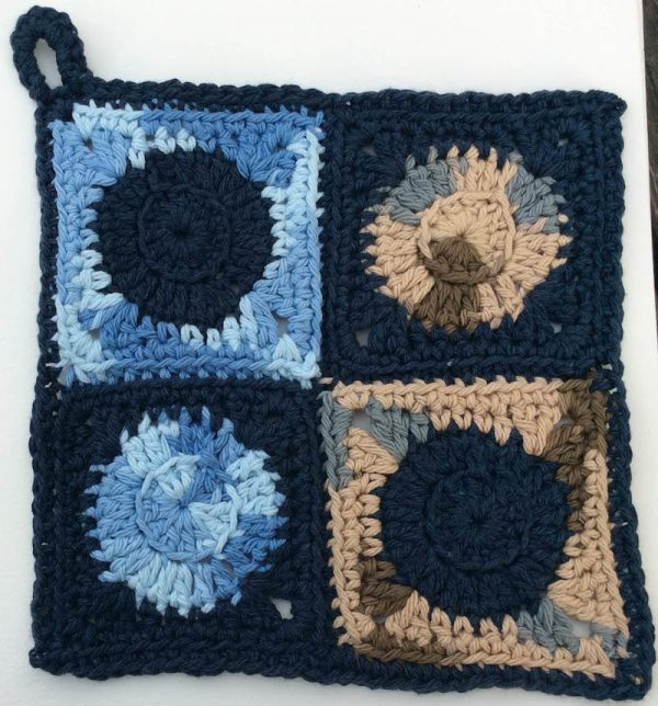 Crochet Patterns: Trio of Circle Potholders | Underground