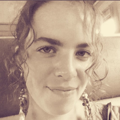 Indie yarn dyer and crochet designer Felicity Kiser/BellaTuBoheme