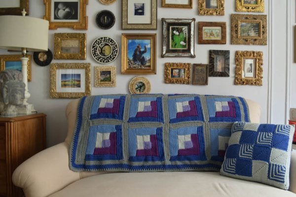 Tunisian Crochet Log Cabin Sampler Blanket free crochet pattern by Underground Crafter
