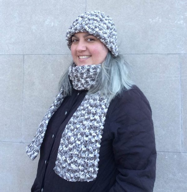 Free crochet patterns: Bulky Faux Mistake Rib Hat and Pebble Rib Scarrf in Bernat Maker Home Dec by Underground Crafter