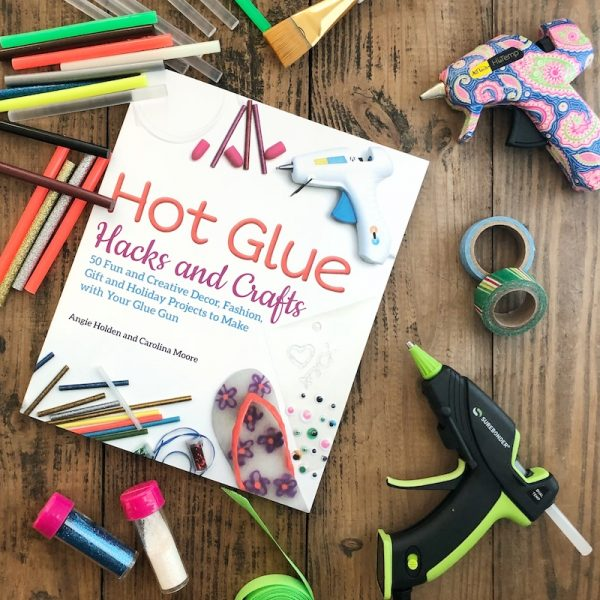 How To Make a Handmade Yarn with Knitting Needles Ornament with Hot Glue - tutorial by Underground Crafter - Hot Glue Hacks and Crafts book cover