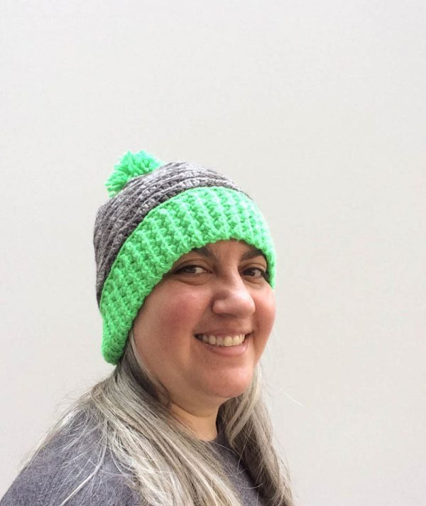 Free crochet pattern: Pop of Color Waves Slouchy Hat in 7 sizes in Paintbox Yarns Simply Aran yarn by Underground Crafter