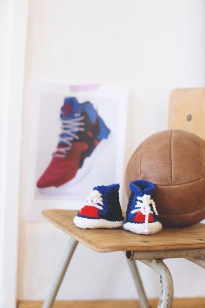 Free knitting pattern: Basketball Shoes booties by Helga Spitz (excerpted with permission from Classic Kicks for Little Feet: 16 Knitted Shoe Styles for Baby's First Year) via Underground Crafter | shoes near basketball