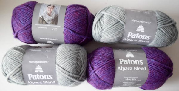 Free crochet pattern: Split Screen Pom Pom Scarf in Patons Alpaca Blend yarn by Underground Crafter - Patons Alpaca Blend